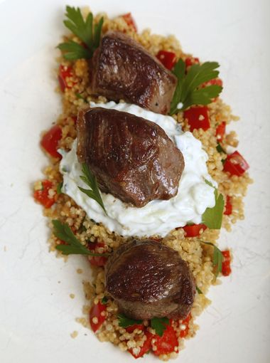 Chef-MarcyRagan-SearedLamb-RedBellPepperQuinoa